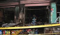 4 ki-ốt ven Sài Gòn cháy rụi trong đêm cuối năm