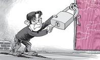 Bắt người làm công trộm tiền của chủ