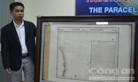 Việt kiều Mỹ trao tặng bản đồ quý về quần đảo Hoàng Sa của Việt Nam
