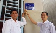 300 phần quà cho bà con nghèo ở Tây Ninh