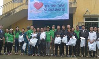 Hơn 300 triệu đồng hỗ trợ cho chính quyền và người dân vùng lũ Hà Tĩnh