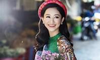 Á hậu Hà Thu bồi hồi nhớ về tuổi thơ đón Tết ở cố đô Huế