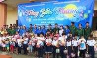 'Thổi lửa' cho học sinh Cần Giờ vui Trung thu