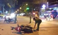 Hai xe máy tông nhau khiến 3 người thương vong