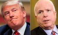 Bất đồng, tổng thống Trump cảnh cáo McCain 'cẩn thận'