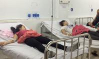 Sau bữa cơm chiều, hàng trăm công nhân nhập viện nghi ngộ độc