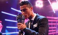 Vượt qua Messi và Neymar, Ronaldo dành giải Cầu thủ xuất sắc nhất 2017