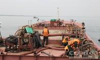 Bắt quả tang 4 phương tiện khai thác cát biển trái phép