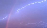 Clip: Những khoảnh khắc siêu vi diệu của thiên nhiên