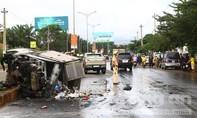 Tai nạn liên hoàn trên đường Hồ Chí Minh, một xe tải bị cháy rụi