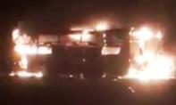 Xe khách giường nằm bốc cháy khi đang lưu thông