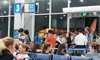 Jetstar Pacific xin lỗi và bồi thường mỗi 'thượng đế' 200.000 đồng vì hoãn gần 13 tiếng