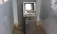 TP.HCM: Camera lật mặt tên trộm cạy trụ ATM lúc rạng sáng