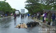 Quảng Ngãi: Xe đầu kéo cán mô tô, 2 người thương vong