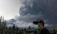 Indonesia nâng mức cảnh báo cao nhất đề phòng núi Agung phun trào