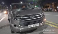Dân truy đuổi ô tô tông chết 2 nam thanh niên rồi bỏ chạy