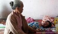 Gia cảnh khốn khó của cụ bà 68 tuổi mắc u não