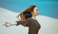 Hương Tràm gây bất ngờ với MV 'Hai Thế Giới' - Ca khúc chủ đề của phim 'Giấc mơ Mỹ'