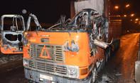 Cabin xe container cháy ngùn ngụt, hai người thoát chết