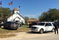 Xả súng trong nhà thờ ở Texas, ít nhất 25 người thiệt mạng