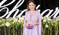 Hoa hậu Phương Lê diện trang sức kim cương nổi bật làn da trắng ngần
