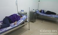 Hàng chục công nhân nghi ngộ độc sau bữa ăn