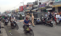 Hai xe máy tông người đàn ông bốc vác tử vong