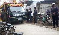 Đau đớn nhìn đoàn xe tang 3 mẹ con nghi bị chồng sát hại