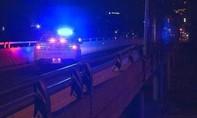Ném bao cát xuống đường cao tốc, 4 thanh niên đối mặt tội giết người