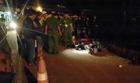 Người phụ nữ bị xe máy tông tử vong khi qua đường