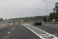 Tạm dừng cho xe tải trên 10 tấn chạy qua cao tốc Đà Nẵng-Quảng Ngãi