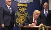 Gây chia rẽ dư luận, Trump vẫn khư khư giữ lệnh chống nhập cư