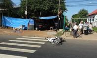 Xe biển xanh gây tai nạn, tông thẳng vào nhà dân
