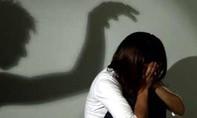 Nghi án thiếu nữ 13 tuổi tự tử vì bị hàng xóm xâm hại tình dục
