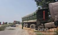 Thai phụ bị xe đầu kéo cán tử vong trên đường đi khám về