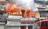 Nhà thầy lang bốc cháy, một cụ bà tử vong
