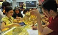 Giá vàng hôm nay 15-2: Vọt tăng trước nguy cơ sụp đổ