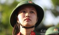 Chân dung 5 cô gái Sài Gòn lên đường nhập ngũ