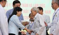 Bộ trưởng Kim Tiến đến thăm Viện Y dược học dân tộc TP.HCM và các lão lương y
