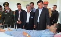 Hỗ trợ các nạn nhân trong vụ nổ xe khách tại Bắc Ninh