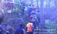 CLIP: Tai nạn do đu dây, hai nạn nhân tử vong tại thác Hang Cọp