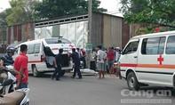 Tàu hỏa đâm xe máy, hai người tử vong