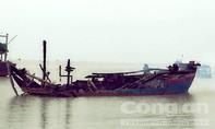 Thiệt hại hơn 3 tỉ đồng khi 3 tàu cá cháy rụi