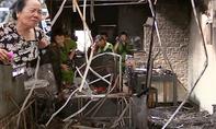 CLIP: Cháy nhà ở Bình Dương, cả gia đình tử vong