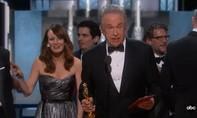 Clip: Sự cố hi hữu trao nhầm giải thưởng quan trọng nhất tại Oscar 2017