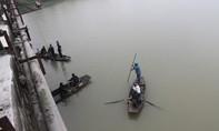 Nam sinh lớp 11 bất ngờ nhảy xuống sông tự tử trên đường đến trường