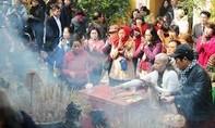 Bộ Công thương xem xét kỷ luật cán bộ đi lễ chùa trong giờ hành chính