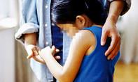 Bé gái lớp 1 ở TP.HCM bị xâm hại tình dục tại trường
