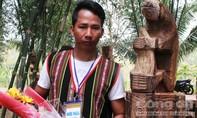 Tổng kết hội thi tạc tượng gỗ dân gian Tây Nguyên năm 2017