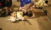 TP.HCM: Hai thanh niên đạp CSGT ngã xe bất tỉnh trên đường